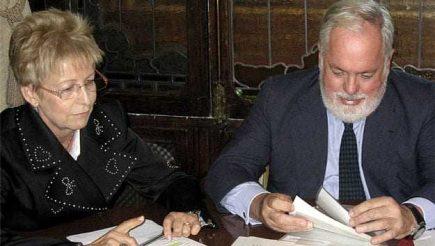 Tarım, Gıda ve Çevre Bakanı Miguel Arias Cañete ile Tarım, Balıkçılık ve Kırsal Kalkınma Bakanı Elena Víboras