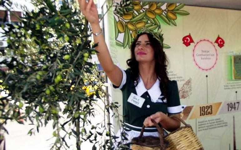 ayvalik-hosts-10th-international-olive-harvest-days