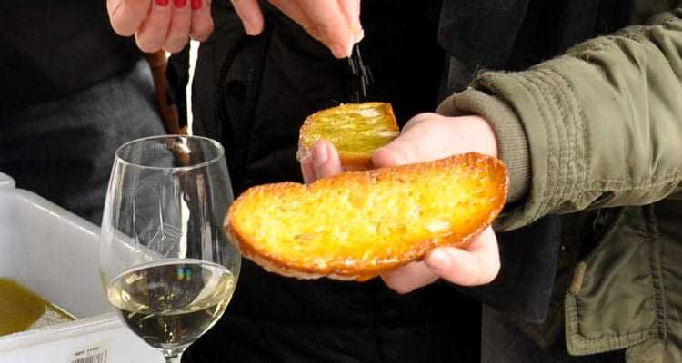 spanish-wine-country-celebrates-its-olive-oil