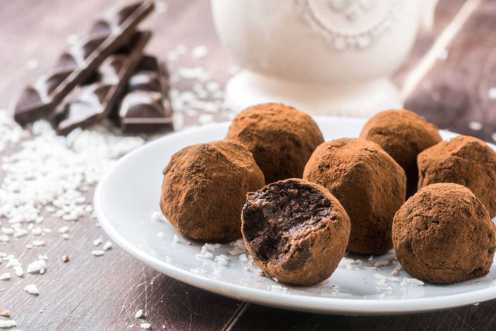 use-olive-oil-for-healthier-christmas-cookies
