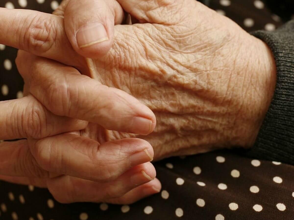 Artrite reumatoide, cos'è e come si riconosce